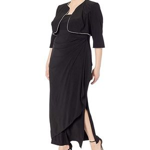 Alex Evenings NWT two piece gown set